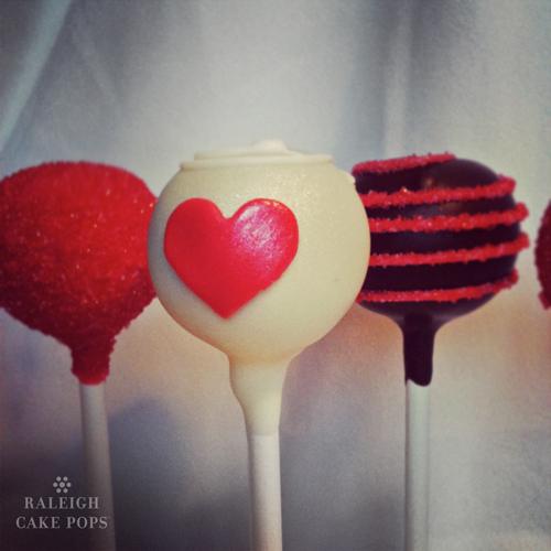 Heart-Cake-Pops