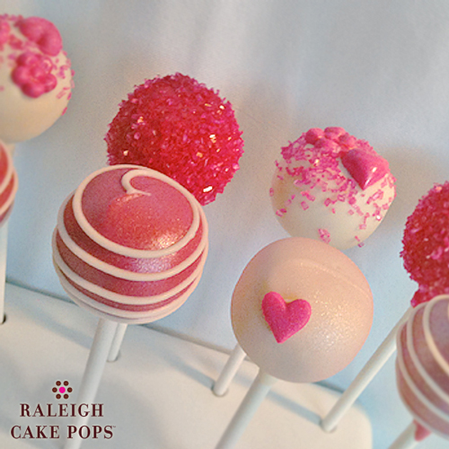 Valentine 39 s day cake balls recipe dishmaps for Valentine cake recipes with pictures