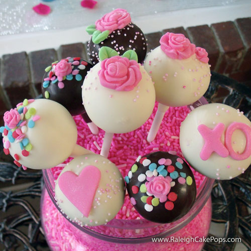 Valentines-Day-Cake-Pops-2014